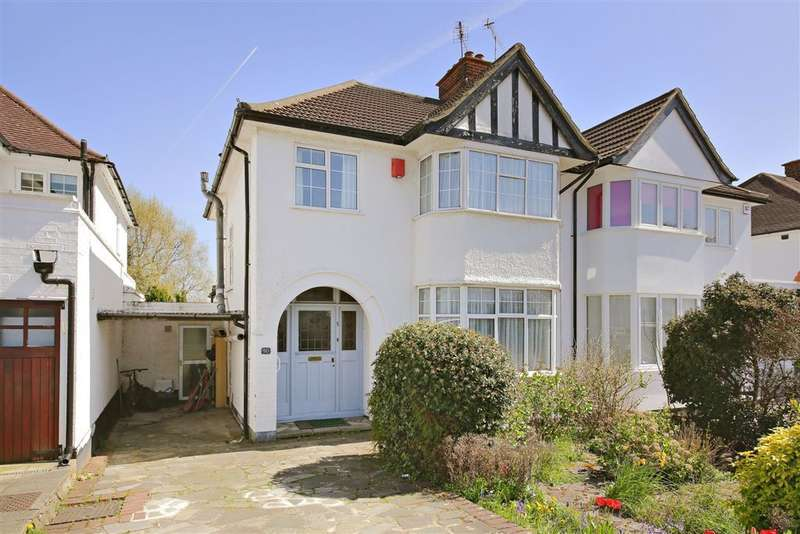 3 Bedrooms Semi Detached House for sale in HIGHVIEW AVENUE, EDGWARE