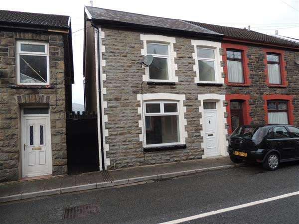 3 Bedrooms End Of Terrace House for sale in Ynyscynon Road, Trealaw, Tonypandy