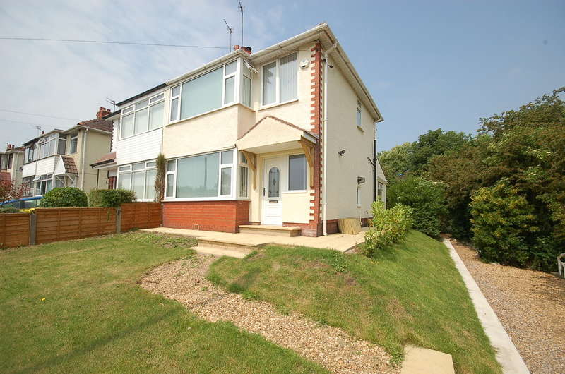 3 Bedrooms Semi Detached House for sale in Mythop Road, Blackpool