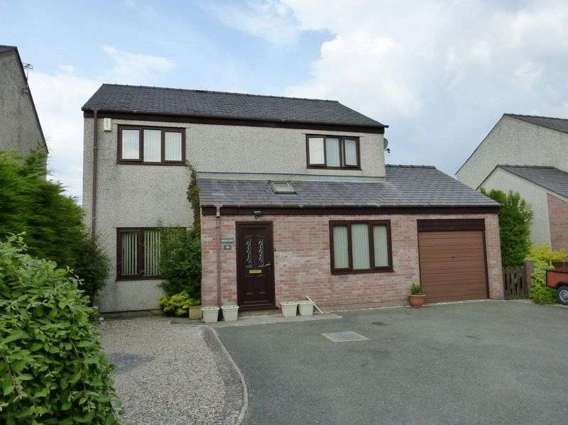 4 Bedrooms Detached House for sale in Bethel