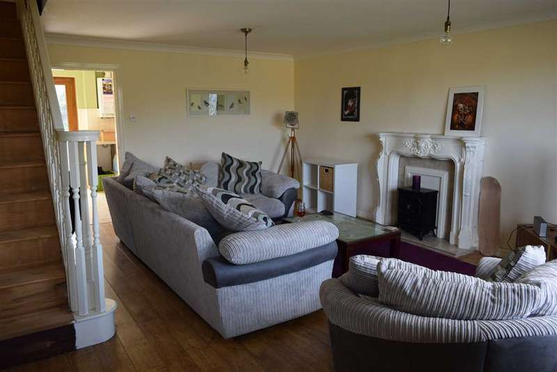 3 Bedrooms Property for sale in Loweswater Terrace, Dalton In Furness, Cumbria
