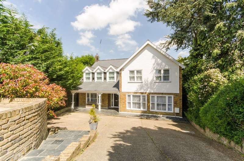 4 Bedrooms Detached House for sale in Spring Court Road, The Ridgeway, EN2