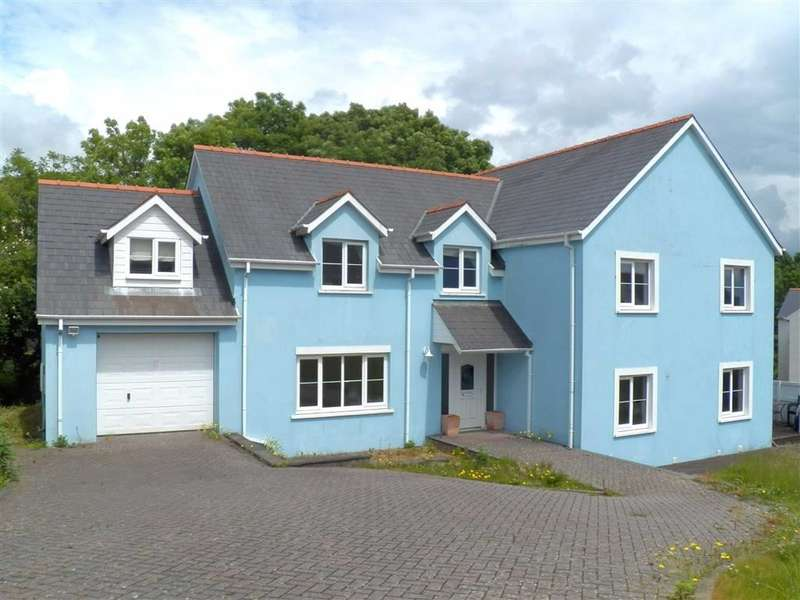 5 Bedrooms Property for sale in Nether Edge Drive, Haverfordwest