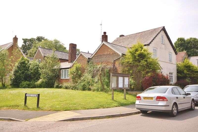 5 Bedrooms Detached House for sale in Maiden Street, Weston, Herts