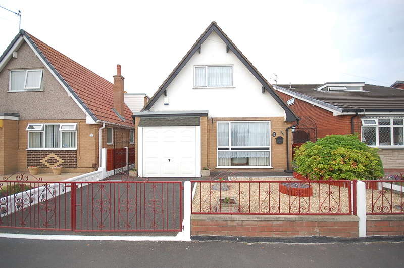 2 Bedrooms Detached Bungalow for sale in Halton Gardens, Blackpool