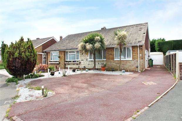 3 Bedrooms Semi Detached Bungalow for sale in Ashurst Way, East Preston, West Sussex, BN16