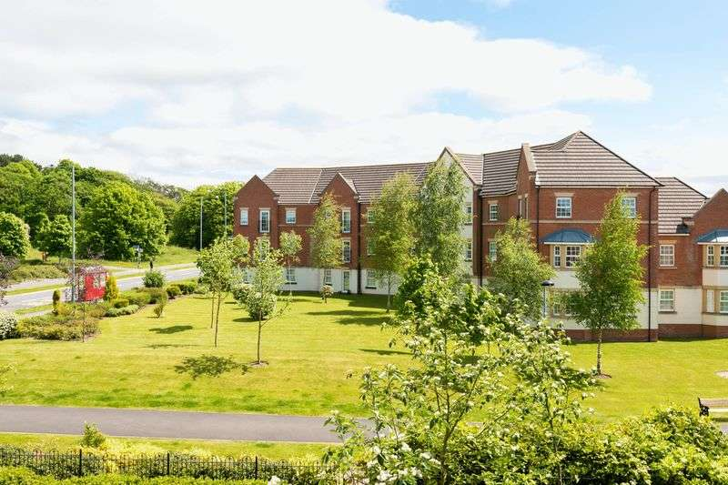 2 Bedrooms Flat for sale in Perthshire Grove, Buckshaw Village, Chorley