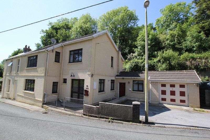 4 Bedrooms Cottage House for sale in RESERVOIR ROAD, CARMARTHEN