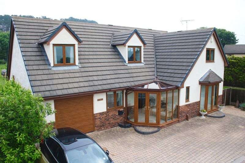 4 Bedrooms Detached House for sale in Gwaenysgor, Flintshire