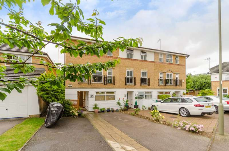 5 Bedrooms End Of Terrace House for sale in Cheddar Close, Friern Barnet, N11
