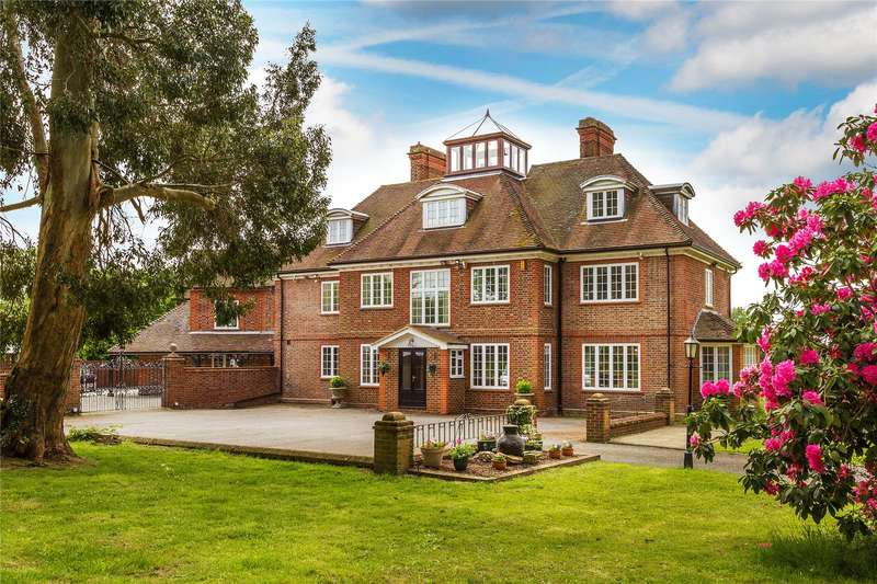 5 Bedrooms Equestrian Facility Character Property for sale in Church Lane, Finchampstead, Wokingham, Berkshire, RG40