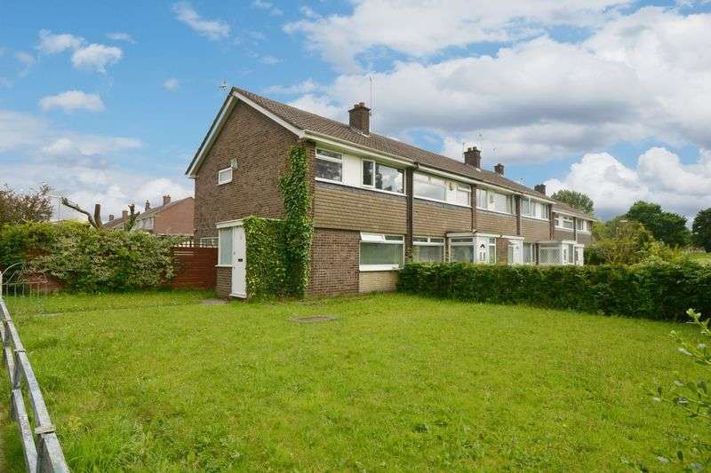 3 Bedrooms Terraced House for sale in Foxford Walk, Peel Estate, Manchester