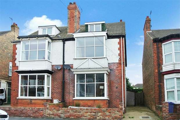 5 Bedrooms Semi Detached House for sale in Clifford Street, Hornsea, East Riding of Yorkshire