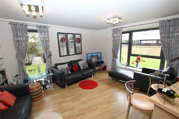 1 Bedroom Flat for sale in Baltic Quay, Mill Road, Gateshead, Tyne and Wear