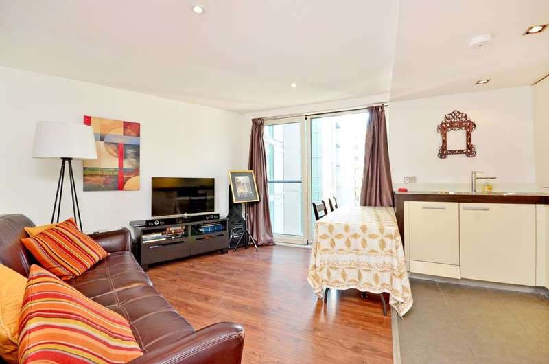 1 Bedroom Flat for sale in Salamanca Tower, Waterloo, SE1