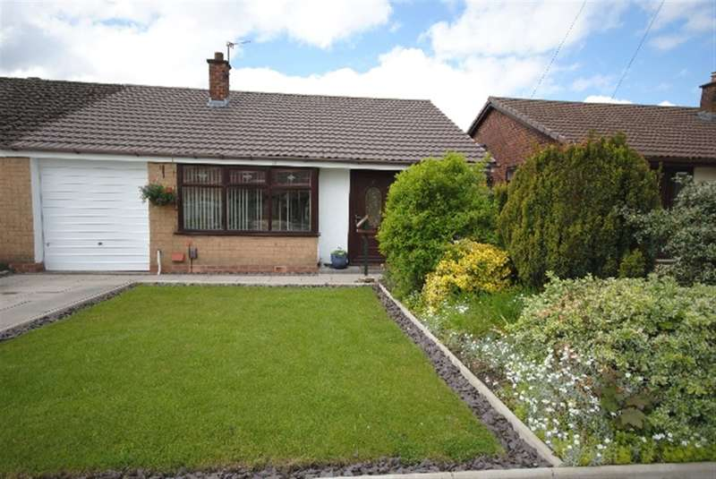 3 Bedrooms Bungalow for sale in Malvern Close, Ashton-In-Makerfield, Wigan, WN4