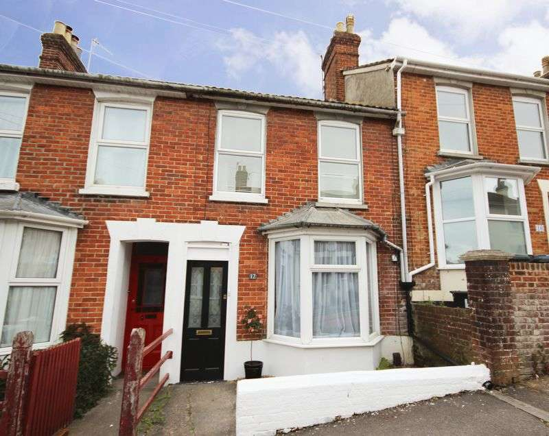 3 Bedrooms Terraced House for sale in ASHLEY ROAD, SALISBURY, SP2