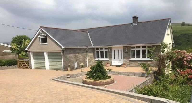 5 Bedrooms Detached House for sale in Awelon, Maesteg Road, Llangynwyd CF34 9SN