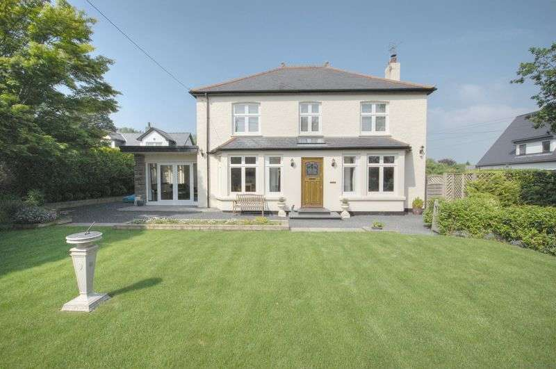 4 Bedrooms Detached House for sale in Woodlands, Westgate, Cowbridge, CF71 7AQ