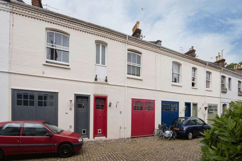 3 Bedrooms Terraced House for sale in Eaton Grove, Hove, East Sussex,