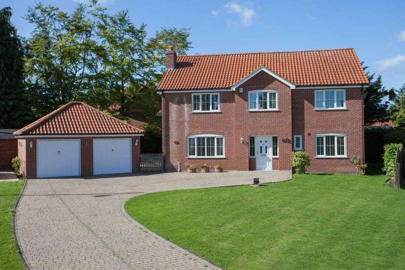 4 Bedrooms Detached House for sale in Watton