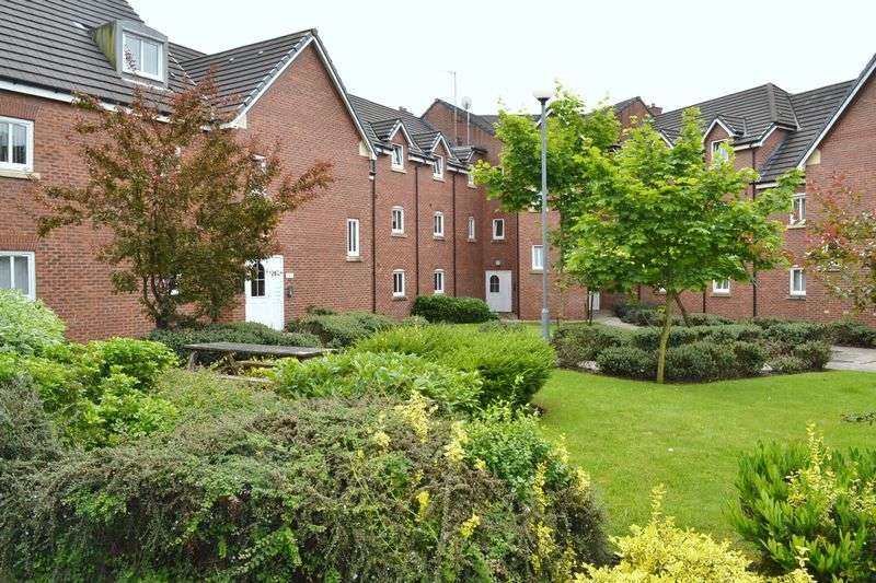 2 Bedrooms Flat for sale in Aster Court, Southport Road, Lydiate