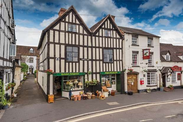 3 Bedrooms Commercial Property for sale in 25 Northgate, BRIDGNORTH, Shropshire