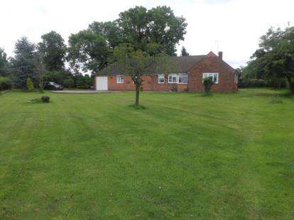 3 Bedrooms Bungalow for sale in Haughton, Stafford, Staffordshire