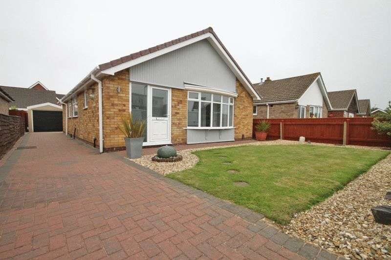 3 Bedrooms Detached Bungalow for sale in WALDORF ROAD, CLEETHORPES