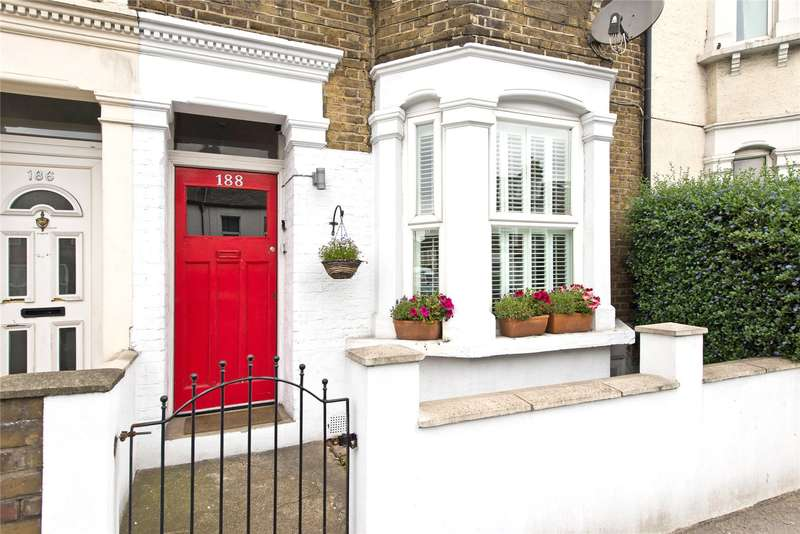 1 Bedroom Flat for sale in Haydons Road, Wimbledon, London, SW19