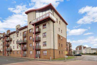 5 Bedrooms Flat for sale in Donnini Court, South Beach Road