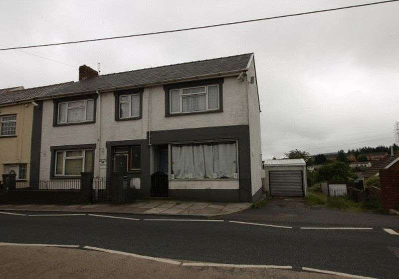 4 Bedrooms Terraced House for sale in Beaufort Hill, Ebbw Vale, NP23 5QN