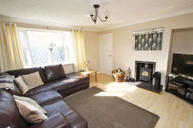 3 Bedrooms Detached House for sale in LEYDEN CLOSE, IMMINGHAM