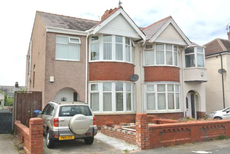 3 Bedrooms Semi Detached House for sale in Aylesbury Avenue, Blackpool, FY4 3AL