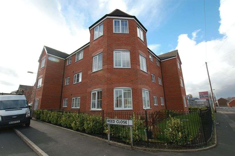 2 Bedrooms Flat for sale in Apartments for sale on Reed Close, Bolton