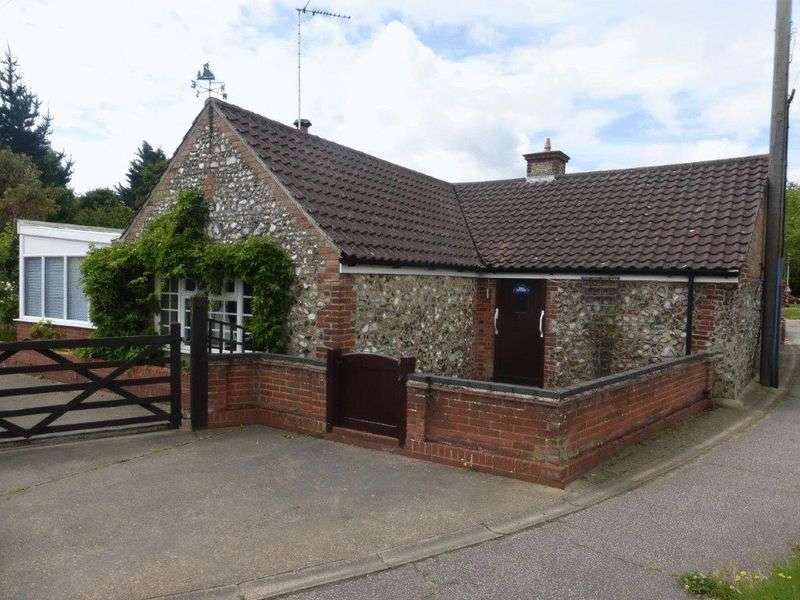 1 Bedroom Detached House for sale in Sands Lane, Lowestoft