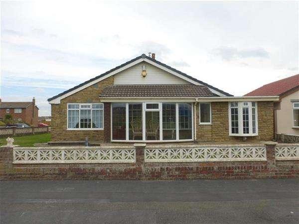 3 Bedrooms Detached Bungalow for sale in Fairway, Larkholme, Fleetwood
