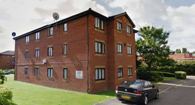 1 Bedroom Flat for sale in Hutton Court Tramway Avenue, London, Greater London, N9 8PQ