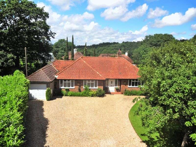 4 Bedrooms Detached Bungalow for sale in Church Lane, Grayshott
