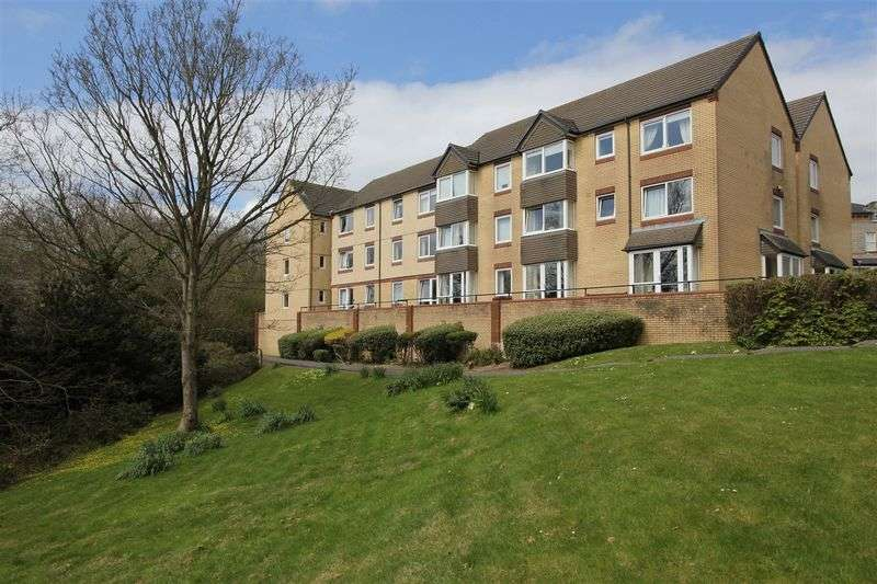 1 Bedroom Retirement Property for sale in Bradford Place, Penarth