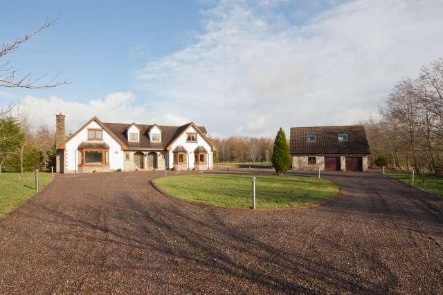 5 Bedrooms Detached House for sale in West Harwood Crofts, Harburn Village, West Lothian, EH55 8LT