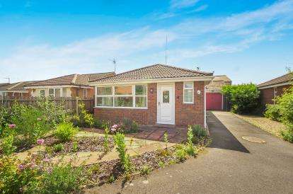 2 Bedrooms Bungalow for sale in Lime Close, Old Leake, Boston, England