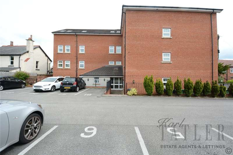 2 Bedrooms Flat for rent in Pye Road, Heswall, Wirral