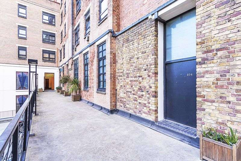 3 Bedrooms Flat for sale in Bethnal Green Road, London