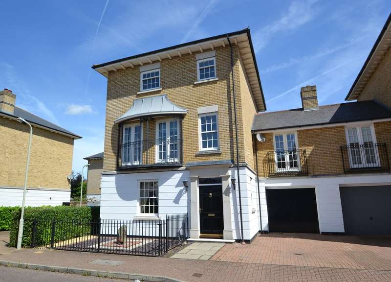 5 Bedrooms Town House for sale in Pewterers Avenue, Bishop's Stortford