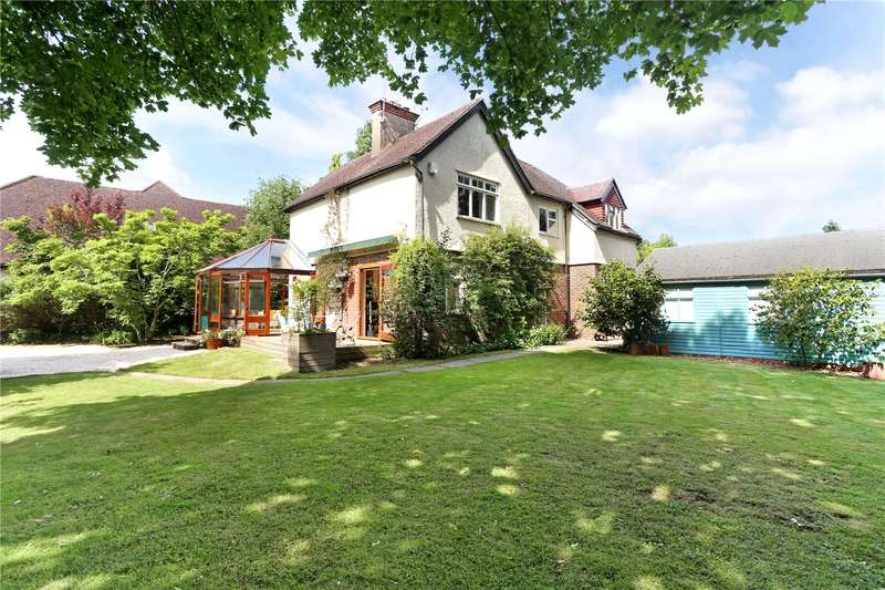 4 Bedrooms Detached House for sale in New Road, Milford, Godalming, Surrey, GU8