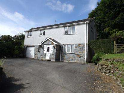 4 Bedrooms Detached House for sale in St. Columb Major, Cornwall
