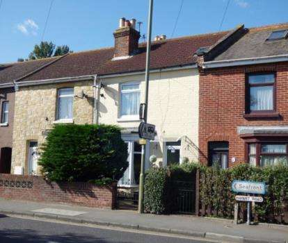 2 Bedrooms Terraced House for sale in Hayling Island, Hampshire
