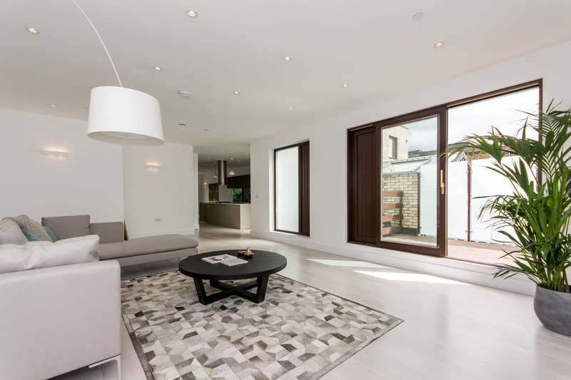 3 Bedrooms Terraced House for sale in Mill Lofts, London Bridge, SE1