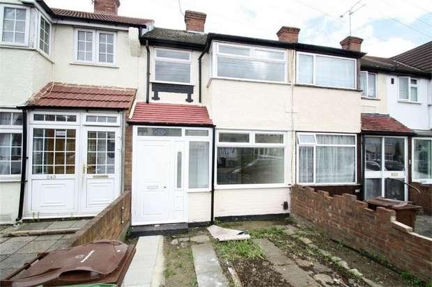 4 Bedrooms Terraced House for rent in Beam Avenue, Dagenham, Essex